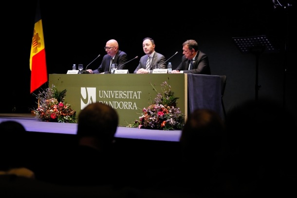 Un moment de l'acte d'inauguració del nou curs acadèmic de l'UdA.