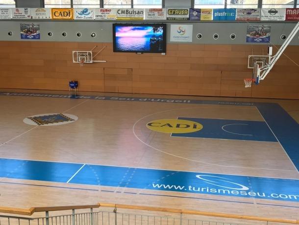 El Palau Municipal d'Esports compta ja amb una moderna pantalla de LED.