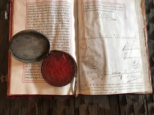 Andorra, bibliofília, col·leccionisme, ejecutoria de hidalguía, probanza de linaje, Miquel Huguet, Ferran VI, Carles III, Bronchero