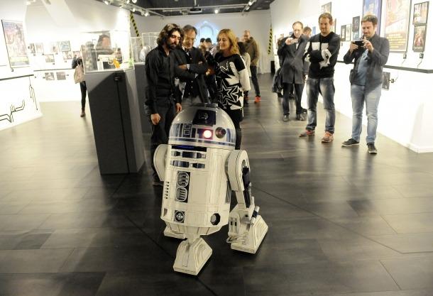 Andorra, Art al Roc, Hèctor Mas, Robots en el cine de ciència ficció, Blade Runner, Matropolis, Pep Benavent, Maite Mínguez, R2D2, Mazinger Z