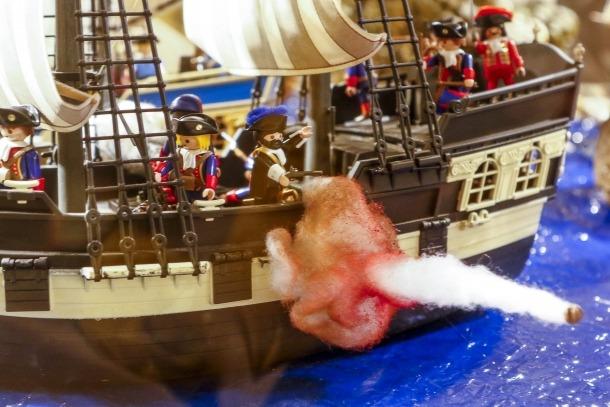 Batalla naval de resultat incert entre una fragata de Sa Graciosa Majestat i una altra de Sa Cristianíssima Majestat, posem que la gloriosa 'Surprise' i la pèrfida 'Acheron'.