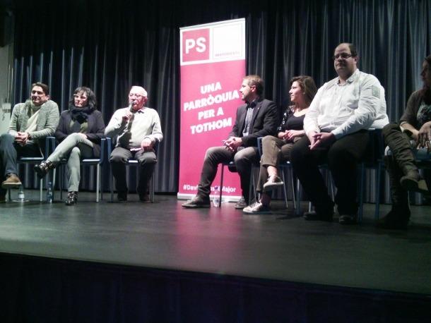 Un moment de la reunió de poble a la sala la Valireta, ahir.