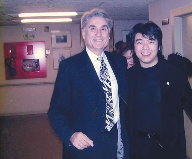 Lang Lang i el director artístic de la Temporada, Josep Maria Escribano, ara fa vint anys, en el debut del pianista a Espanya.
