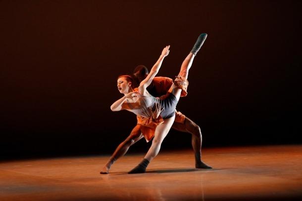 La dansa compromesa d'Alvin Ailey obre una nova edició de la TemporadaBallarins de la companyia Ailey II, als inicis de l'espectacle d'ahir al Centre de Congressos.