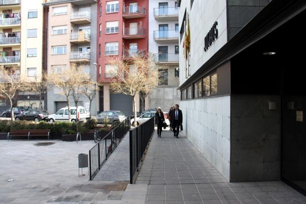 El delegat d'Ensenyament a Lleida, Miquel Àngel Cullerés, quan arribava als jutjats.