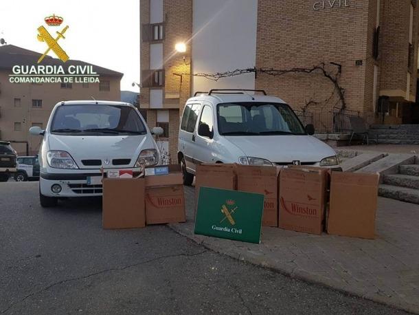 El tabac que la guàrdia civil va trobar en els dos vehicles inspeccionats en aquesta operació.