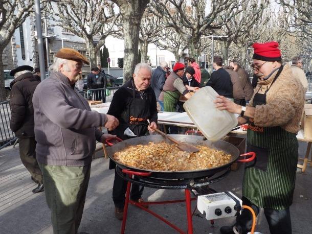 La Germandat participa en diverses activitats populars de la Seu d'Urgell.