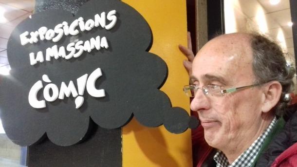 Pieras, a l'entrada de la sala de la Closeta on des d'aquest vespre i fins al diumenge tindrà lloc la 23a edició del saló del còmic.