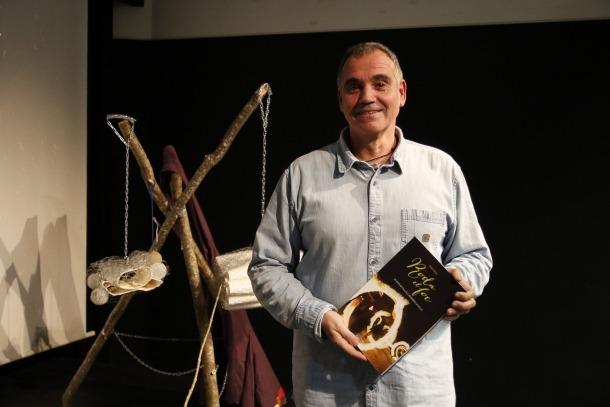 El periodista Albert Roig, que s'ha especialitzat en la investigació sobre les festes tradicionals.