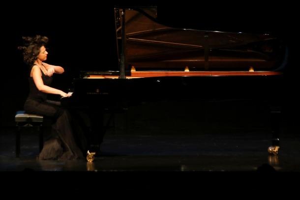 La pianista francesa d'origen georgià, aquesta nit al Centre de Congressos.