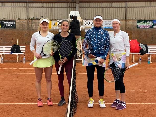 Vicky Jiménez i Linda Fruhvirtova van superar en el partit de dobles d'Amiens Katerina Tsygourova i Arina Gabriela Vasilescu.