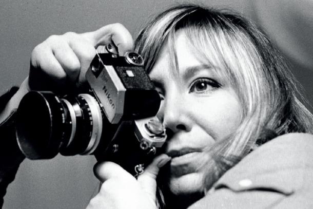 Autoretrat de Joana Biarnés, pionera del fotoperiodisme català i espanyol