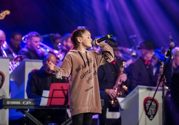 Molly Puigcercós va emocionar amb la interpretació de 'Simply the Best', de Tina Turner.