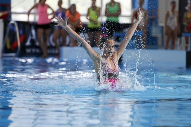 L'Open d'estiu dels Serradells aplega unes 30 nedadores