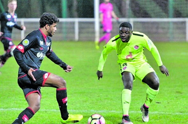 L'FC Lusitans incorpora el migcampista Jeandy Mavinga