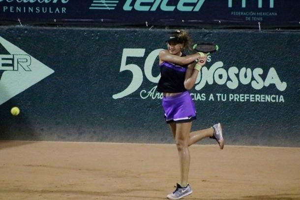 Vicky Jiménez va tornar a enlluernar i també va lluir la tricolor a Yucatán.