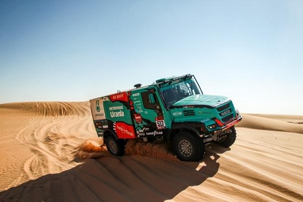 El camió de Llovera, Torres i Marco durant l'etapa d'ahir.