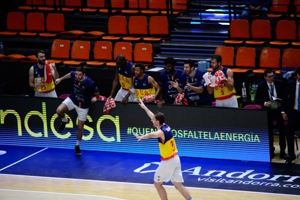 Els jugadors dirigits per Navarro van gaudir de valent contra el Reial Madrid.