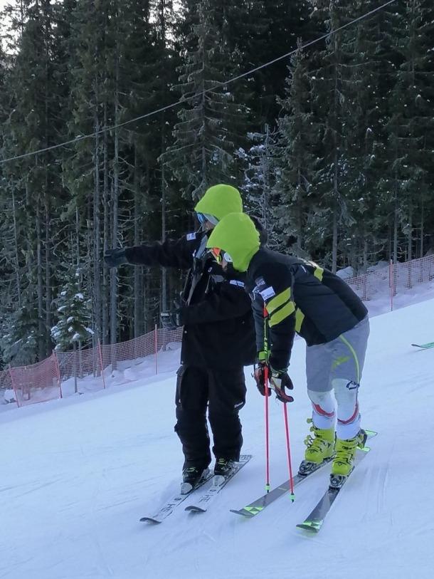 Àxel Esteve va tornar a esquiar després de set mesos de lesió.