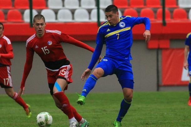 La sub-19, a tocar de la ronda elit en perdre contra Bòsnia