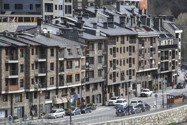 Una imatge de blocs de pisos ubicats a la Massana.