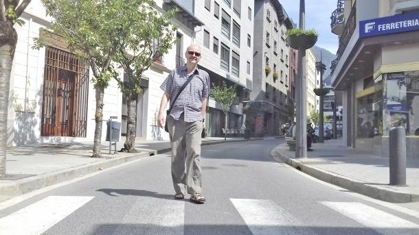 El lauredià Alan Ward debuta en la ficció amb les cinc peces de 'El conductor i altres relats'.