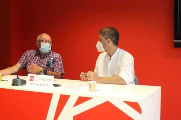 Enric Riba i David Rios, en la roda de premsa a la seu del PS.