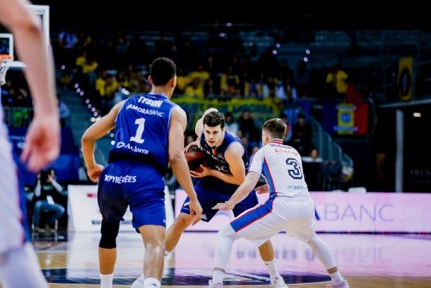 L'aler del BC MoraBanc, Dejan Todorovic, en un partit contra el Monbus Obradoiro.