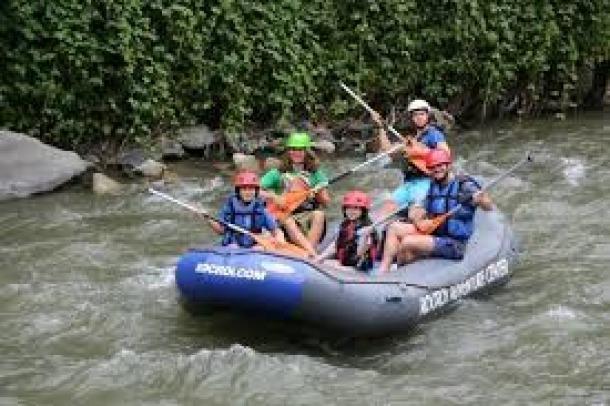 L'activitat del ràfting al riu Valira.