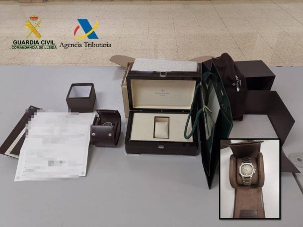 El rellotge decomissat per la guàrdia civil.