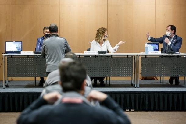 Un moment de la segona reunió de la Comissió Nacional de l'Energia i del Canvi Climàtic.