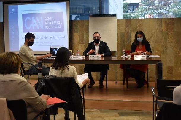 Reunió del Comitè Andorrà del Voluntariat amb el ministre d'Afers Socials, Habitatge i Joventut, Víctor Filloy.