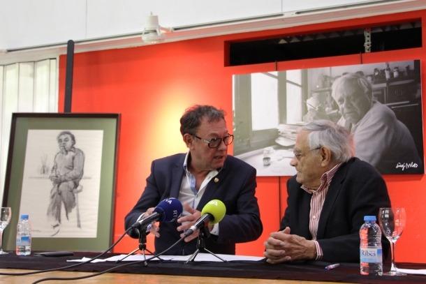 ANA/El cònsol major de Sant Julià de Lòria, Josep Miquel Vila, i l'artista Sergi Mas.