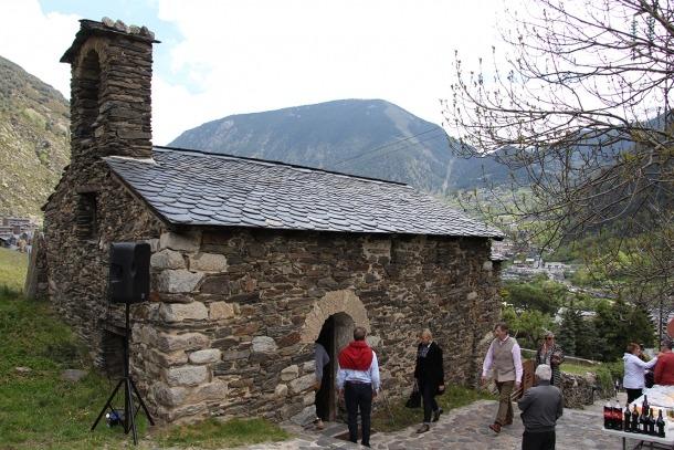 L'església de Sant Romà de Vila.