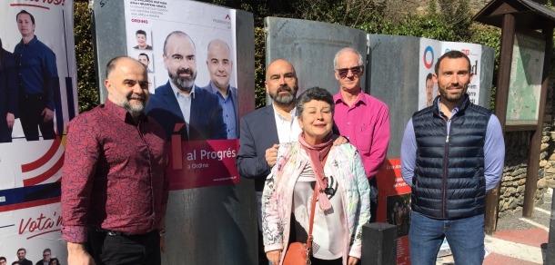 Progressistes-SDP, els últims a enganxar el cartell, amb Felip Gallardo de cap de llista.