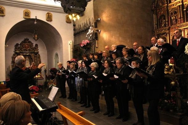 El concert de Nadal ha tingut lloc aquest migdia a la parroquial d'Oridno i hi han participat una trentena de cantaires.