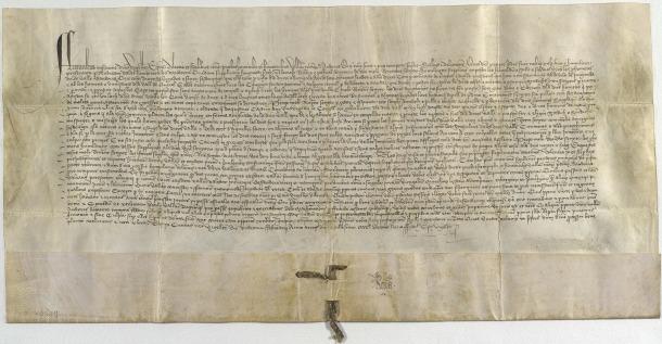 Pergamí amb el privilegi del bisbe Tovià, atorgat l'11 de febrer del 1419: es conserva a l'Arxiu Nacional.