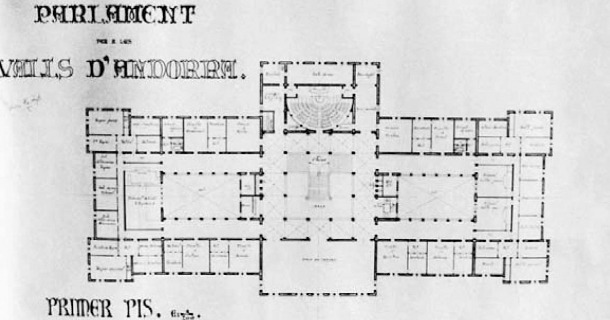 Alçat i planta del Parlament per a les Valls d'Andorra, projecte de fi de carrera de Xavier Pla que data del 1933 i que s'inspira en la seu de la Universitat de Barcelona, projectada per Elias Rogent (1871) i on el mateix Pla va estudiar entre el 1923 i el 1933.