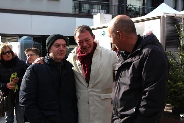 El cònsol lauredià amb el ministre de Salut, Carles Álñvarez Marfany, van assistir ahir a la inauguració de la Fira de Santa Llúcia.
