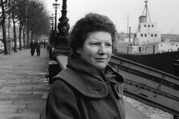 La novel·lista neozelandesa Janet Frame, als anys 60, poc després del seu periple andorrà.