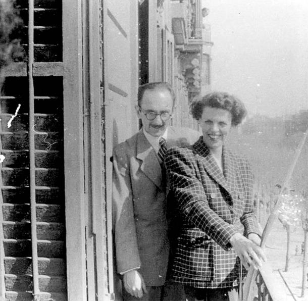 Amat-Piniella i la seva dona, a Barcelona, just després del respir lauredià.