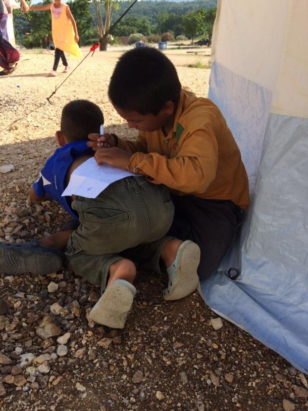 Andorra, Escorihuela, Filippiadas, Síria, Grècia, camps de refugiats, refugiats, cròniques refugiades