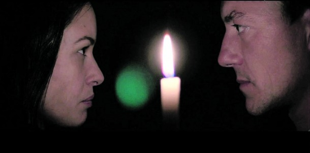 Aida Folch i Roger Casamajor són la Sara i l'Antoni de cal Riot, els dos protagonistes de 'Fred': aquí, al 'teaser' rodat el 2017.