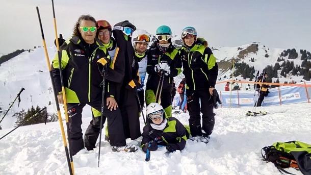 L'equip d'esquí alpí d'Special Olympics Andorra desplaçat a Suïssa.