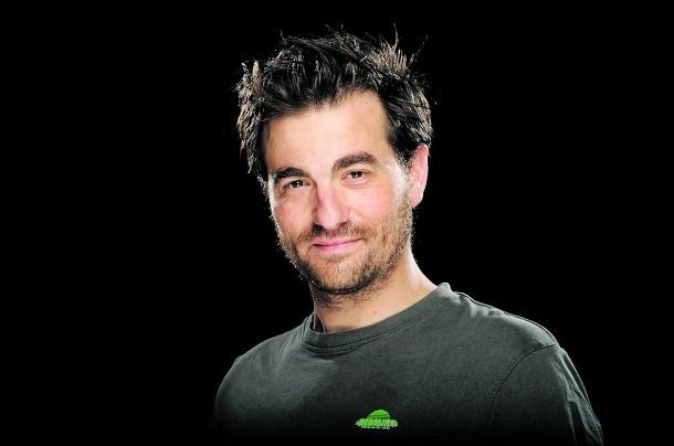 Borja Espinosa serà Joan a 'Fred': va ser l'Stasky de 'Plats bruts' i ara és Aimar, el pare de la Júlia de la telenovel·la 'Com si fos ahir'. A baix, Daniel Horvath ('Impacto') serà Hans.