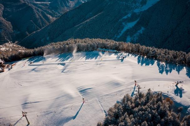 Vista d'una de les pistes de l'estació de Vallnord-Pal Arinsal