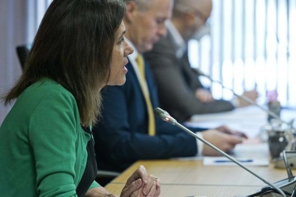 La ministra Viilarrubla, en la compareixença d'ahir davant de la comissió legislativa d'Educació.