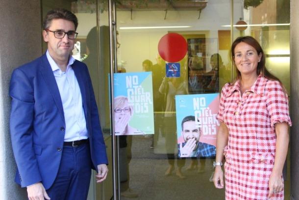 ANA/ La ministra de Cultura, Joventut i Esports, Olga Gelabert, i el portaveu d'Andorra Telecom, Carles Casadevall,