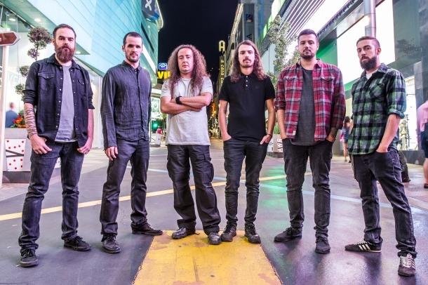 La formació andorrana, que celebra els 15 anys de trajectòria regravant el primer àlbum que van editar.