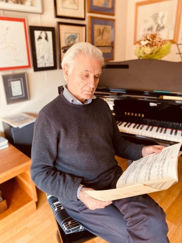 Pianista i director de la Temporada de la capital.